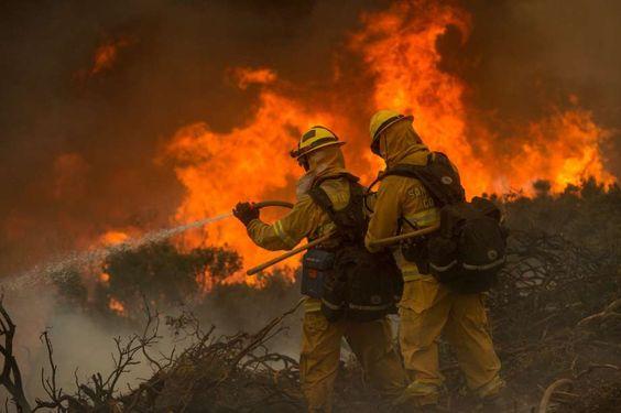 Réchauffement climatique : les incendies rythment l'été