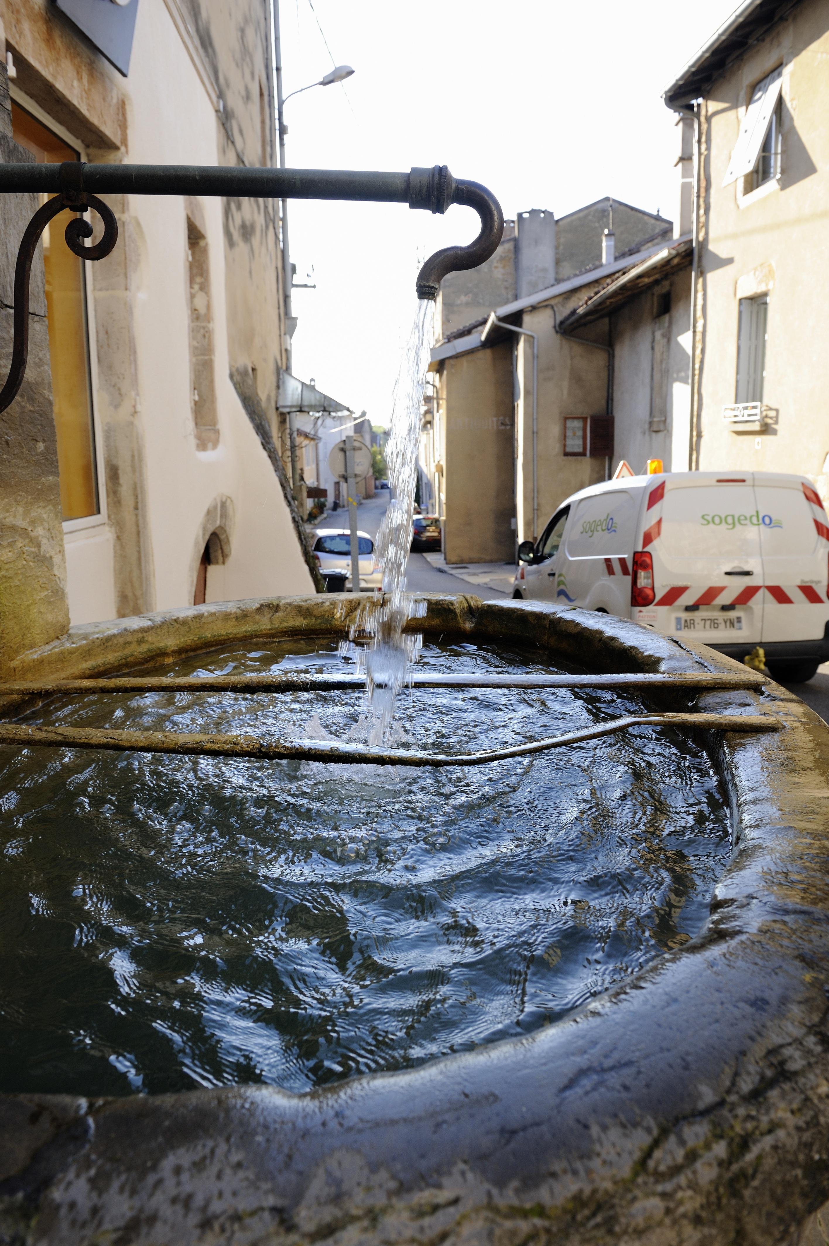Vie pratique : eau : des enjeux de fond bien au-delà des aménagements de la loi NOTRe
