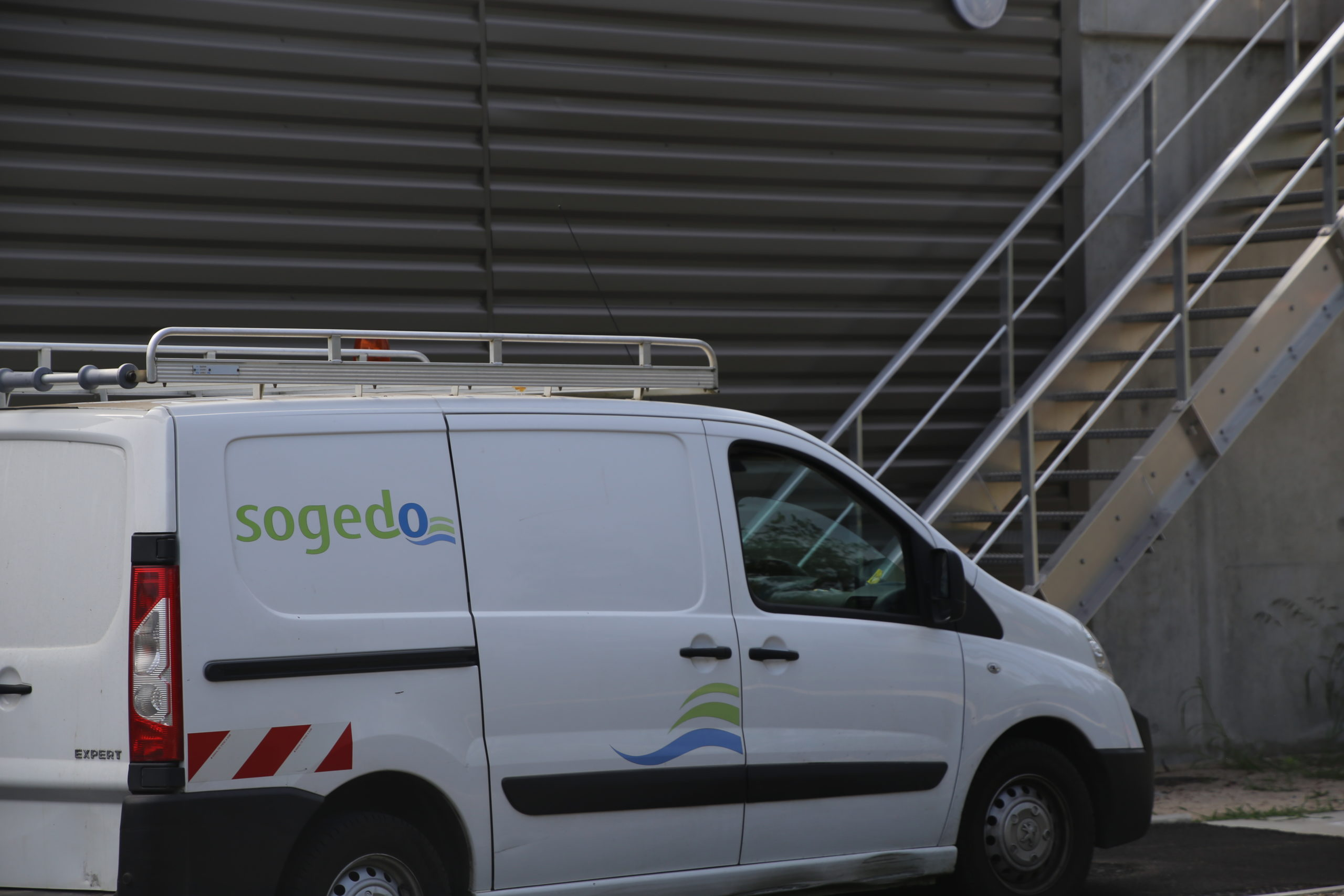 Flash info 02 (19 heures 37) : Saint-Laurent-la-Vallée (Dordogne) : le retour à la normale est en cours pour l'alimentation en eau